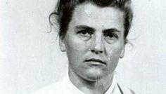 La Bestia de Auschwitz Maria Mandel fue la directora del campo de exterminio de mujeres. Acabó con la vida de 500.000 prisioneras