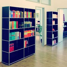 Die 20 Besten Bilder Von Office Buro Store Shelving Design