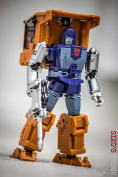 Transformers Masterpiece, Transformers Action Figures, Transformers Autobots, Transformers Prime, Fisher Price Toys, Vintage Fisher Price, Transformer 1, Japanese Toys, Thundercats