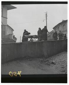 Lublin, Jewish women trading outside the Brama Grodzka, Roman Vishniac, 1938