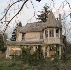 Abandoned, Cabin, House Styles, Beautiful, Home Decor, Left Out, Decoration Home, Room Decor, Cabins