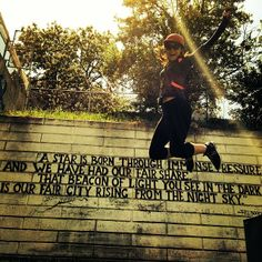 New day- New week - everything is possible... Happy new week!! From beautiful Michigan with Love Une nouvelle semaine commence. Youhou!!!#me#melissa#mars#melissamars#usa#michigan#detroit#park#travel#traveller#voyage#sport#jump#saut#happy#tag#graffiti#photo#cool#fun#lifeisfun#lifeisbeautiful#happynewweek