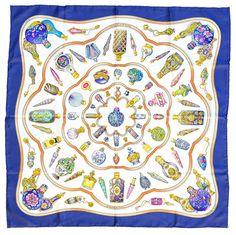 8bb5ae3568cf Hermès, carré en soie  Early America , fond bleu pale, 90x90 cm Estimation