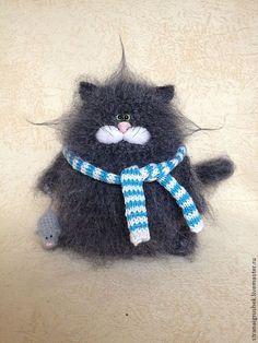 Купить Котофей с мышкой. - серый, кот, коты и кошки, вязаная игрушка, вязаный кот