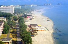 Mamaia Beach, Romania #romania #blacksea #beach Wonderful Places, Beautiful Places, Costa, City Landscape, Black Sea, Island Beach, Holiday Destinations, Scenery, Places To Visit