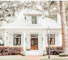 Dream Home Design, My Dream Home, House Design, Dream House Exterior, Dream House Plans, Cabana, White Farmhouse Exterior, Cute House, House Goals