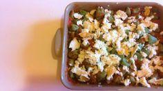 Gli Gnocchi al coccio sono un piatto comodo, ne prepari una teglia prima che arrivino gli ospiti e li cuoci al forno al momento opportuno. Buoni da morire!