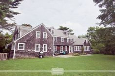 Overview of what the Cape Cod Overbrook House looks like from the front lawn... this place is a great wedding venue for a rustic wedding, with space for guests and family to stay overnight!  #overbrookhouse #weddingvenue #capecod