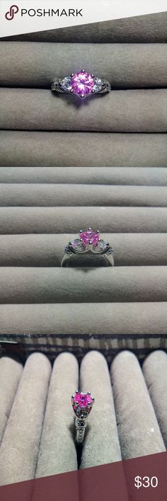 Size 7 Pink Fashion Ring ~ Feel free to ask questions or make an offer! ~ Jewelry Rings