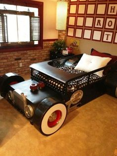 Rat rod bed- I would do anything to get Jensen this