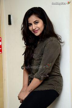 Bollywood Cinema, Bollywood Photos, Hindi Actress, Bollywood Actress, Beautiful People, Beautiful Women, Image Model, India Beauty, Beautiful Indian Actress