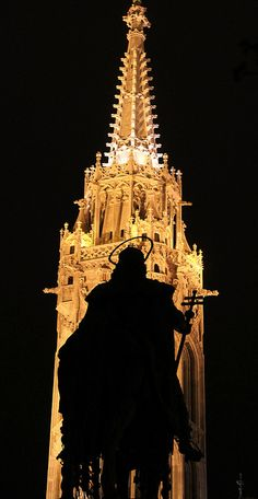 The statue of St Stephen on horseback silhouetted against the tower of the Matthias Church at night. Beautiful World, Beautiful Places, Capital Of Hungary, Nature Photography, Travel Photography, Saint Stephen, Central Europe, Place Of Worship, Eastern Europe