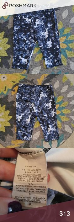 Champion Yoga Exercise capris This is a gently loved pair of workout capris by Champion. Gorgeous black and whiite roses pattern. Champion Shorts