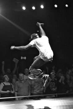 lecrae | Lecrae Performs At The Summit Church