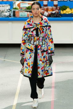 Trend Luxe Sport chanel fall winter 2014 show40 Top 5 Fall/Winter 2014 Trends From Paris, London, New York & Milan