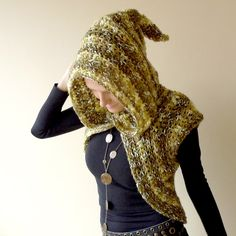 Cicada hooded elf vest / shrug crocheted in green and by vaisto
