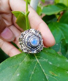 Poison Ring, Secret Box, Rainbow Moonstone Ring, June Birth Stone, Birthstones, Class Ring, Secret Compartment, Rings, Silver