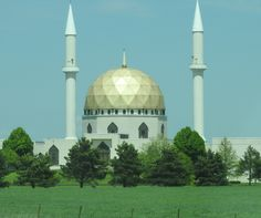 Mosque near Toledo, Ohio