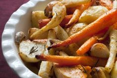 A fantastic recipe for roasted root vegetables. Make this tasty side dish recipe, a mix of healthy vegetables including oven roasted potatoes and carrots. Oven Roasted Carrots, Roasted Root Vegetables, Root Veggies, Healthy Vegetables, Healthy Side Dishes, Side Dish Recipes, Dinner Recipes, Drink Recipes, Fall Recipes