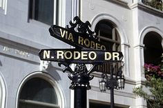 When you visit LA you have to walk around Rodeo Drive...I especially like it most during the holidays...so festive!!