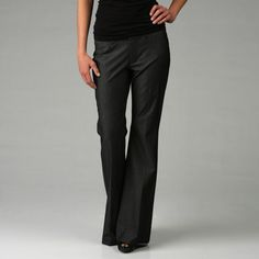 Classic and stylish, these dress trousers from Billy Blues are a great option for work or play. These pants are cut to create a feminine silhouette.