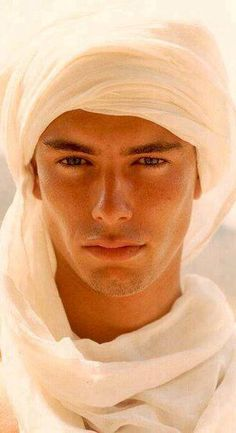 Arabian Men's fashion - old style