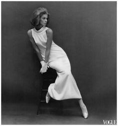 Helmut Newton, Paris Vogue (October 1964), Model: Unknown.