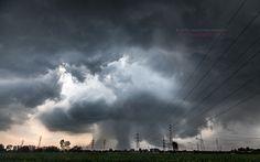 Quanti Tornado toccano il suolo Italiano ogni anno? Una domanda che ci siamo posti e da qualche anno abbiamo cercato di trovare risposta... Ecco il nostro reportage in collaborazione con la pagina Tornado in Italia dove abbiamo censito e verificato tu #tornado #meteo #italia #maltempo