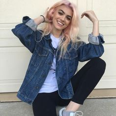 """((fatherkels Kelsey)) """"The names Kelsey King. I'm 19 and single. I'm kinda rad. Music is my life. If I'm not listening to music, I'm writing music. But I have a semi social life. So come say hi."""""""