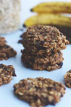 blueberry oatmeal raisin cookies // vegan, gluten-free, refined sugar-free & oil-free