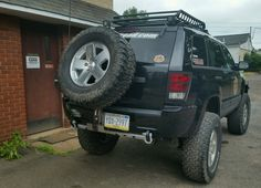 WK with JBA over sizes spare tire mount