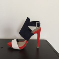 Zara heels in navy blue, white and orange Size 6 or EU 36. 5 inch heel with 1 inch platform. Unfortunately these didn't fit me and I had to go a 1/2 size up. Beautiful pair of heels for the summer. Brand new with tags. Zara Shoes Heels