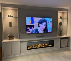 Built In Shelves Living Room, Feature Wall Living Room, Living Room Wall Units, Living Room Tv Unit Designs, New Living Room, Cozy Living, Living Room Ideas With Tv, Small Living, Alcove Ideas Living Room