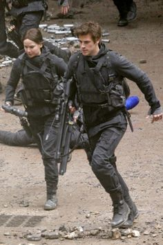 Katniss and Gale (Boggs on floor)