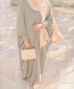 Modest Fashion Hijab, Modern Hijab Fashion, Muslim Women Fashion, Street Hijab Fashion, Modesty Fashion, Abaya Fashion, Fashion Outfits, Hijab Fashion Inspiration, Mode Abaya