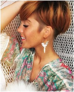 The Short Pixie Cut - 58 Great Haircuts You'll See for 2019 - Hairstyles Trends Short Copper Hair, Short Red Hair, Short Hair Cuts, Short Hair Styles, Short Hair Undercut, Short Pixie Haircuts, Undercut Hairstyles, Diy Hairstyles, Corte Pixie