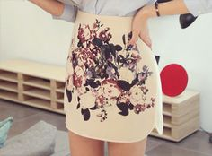 QUEEN'S WARDROBE / style / skirt / flowers