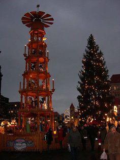 christmas market residence munich bavaria germany stock photo christmas market in the residence in munich bavaria germany europe are you a real travel