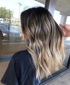 Seamless contrast blend by . Hair Color Streaks, Red Ombre Hair, Hair Color And Cut, Cool Hair Color, Hair Highlights, Blonde Hair Looks, Brown Blonde Hair, Balayage Hair Blonde, Babylights Blonde