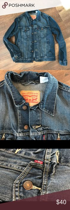 Levi's Women's Denim Jacket- excellent condition Perfect condition, smoke free. Levi's Jackets & Coats