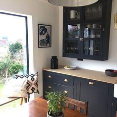 Brass handles on Dark cabinets Kitchen Handles, Brass Handles, Dark Cabinets, Kitchen Cabinets, Solid Brass, Interior Styling, Liquor Cabinet, Kitchen Remodel, Kitchen Design