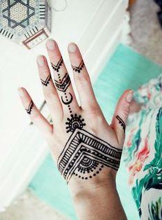 tatouage éphémère main idées tatouage main