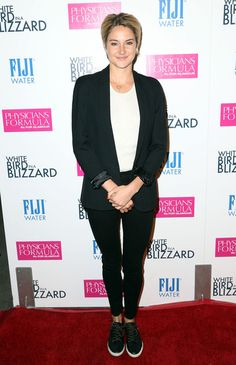 Shailene Woodley Photos: 'White Bird in a Blizzard' Premieres in Hollywood