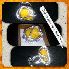 Anello in alluminio con madreperla giallo