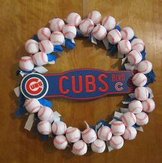 Chicago Cubs Baseball wreath - cute idea to make
