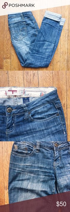 Five Brand Jeans Super soft blue denim skinny jeans with brass details. Gently pre-loved, with only one small sign of wear as shown in last pic; barely noticeable spot of peach paint.  * US women's size 3 * brand is Five Jeans * pre-loved, great condition Jeans Skinny