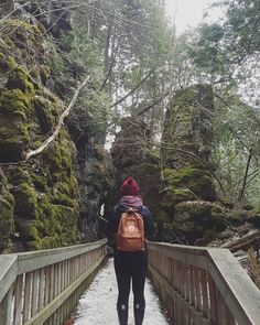 This Ontario Park Full Of Ancient Caves, Cliffs And Waterfalls Is The Coolest Place To Explore - Narcity Canada Travel, Travel Usa, Canada Trip, Hiking Spots, Camping And Hiking, Ontario Parks, Canada Ontario, Ontario Getaways, Places To Travel