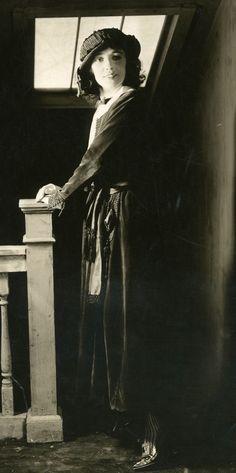 """fawnvelveteen: """" Evelyn Nesbit, 1922 """""""