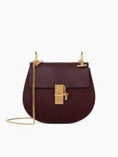 Discover Drew Shoulder Bag and shop online on CHLOE Official Website. 3S1031HC4