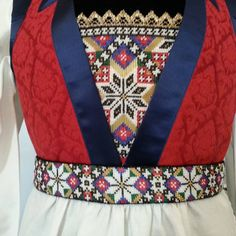 Fanabunad made by Inger Johanne Wilde Folk Costume, Costumes, Scandinavian Embroidery, Diy And Crafts, Arts And Crafts, Textile Art, Floral Tie, Norway, Doll Clothes